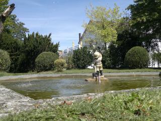 La Maison Blanche, Piegut-Pluviers
