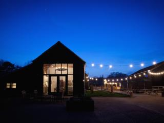 River View- luxury barn with gym & spa, Burnham-on-Crouch
