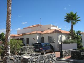 Stunning  5 bed Villa with Hot Tub, Golf del Sur