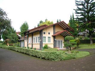 Villa Minerva Lembang, Bandung