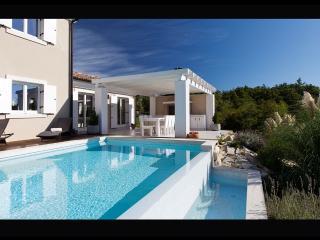 Villa Monet, Baderna