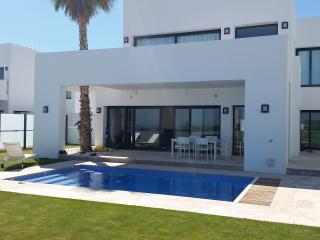 Stunning Contemporary New 5 Bed Villa, Benahavís