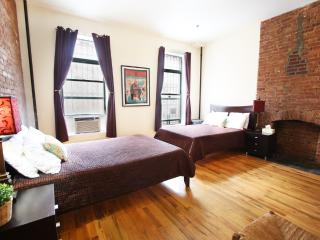 GORGEOUS 1 BEDROOM FLAT IN NYC, New York