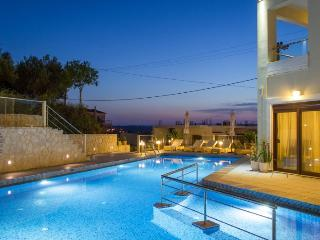 3 Bedroom Luxury Apartment, Chania