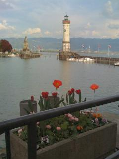 The lion and the lighthouse at the Lindau harbour entrance