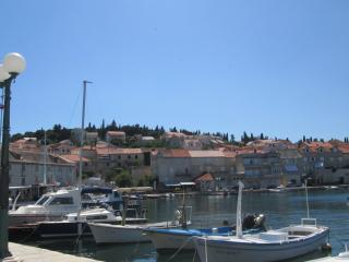 Apartment house Lemona island of Brac app.B