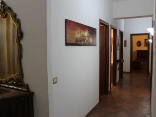 Fabbry Appartamento, near Old Town Center !!!, Rome