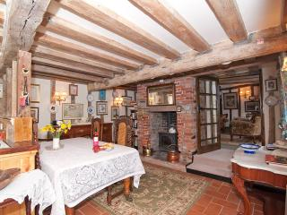 dining room, woodburner for those cold nights.