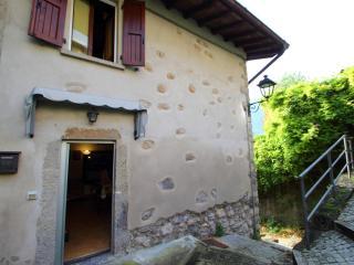 Casa di montagna indipendente a San Pellegrino, Piazza Brembana