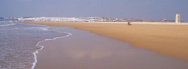 PLAYA CASTILNOVO AL OTRO LADO DEL RIO