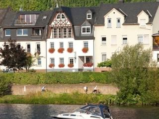 My Europe Base - Mosel Balcony, Zell