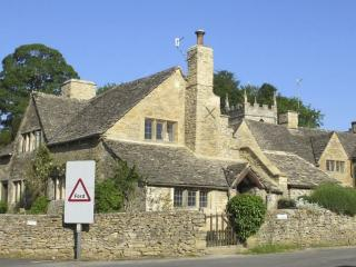 No 8 The Square, Upper Slaughter