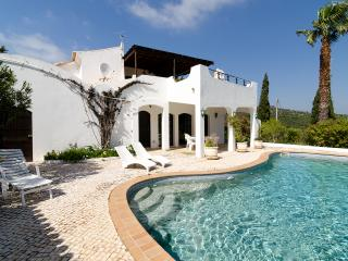 Casa Contente, Privacy, Luxurious,  Pool, Jacuzzi, Bensafrim