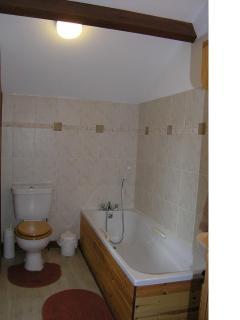 En suite bathroom Ashley cottage