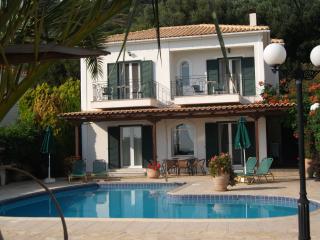 Villa Eleni, Sarlata