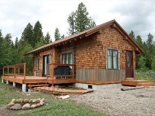 New! Perfect Location! Rustic-Modern! Near Yellowstone! Free WiFi...