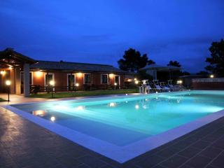 PODERE CALLEDRO COUNTRY APARTMENT+HORSE RIDING, San Liberato