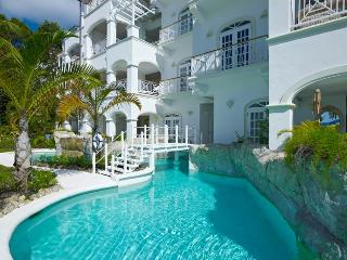**AMAZING RATES - PLEASE ASK** La Mirage at Old Trees - Luxury 4 Bedrooms