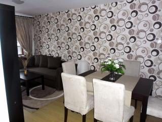 Cosy 2-bed apartment PREDELA 2, Bansko