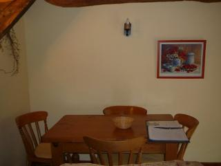 Little Cleave dining area