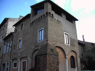 La Torre dei Mercanti, Acilia