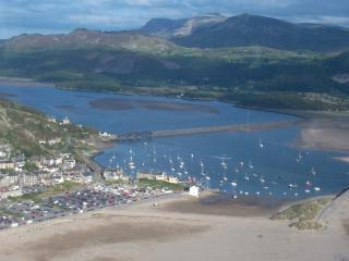 BARMOUTH HARBOUR AND THE THE AMAZING MAWDDACH ESTUARY