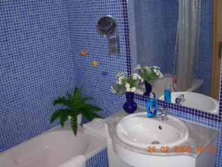 Bathroom - Shower - Bath - Bide