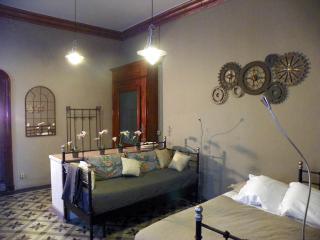 Il salone di ingresso può essere una camera matrimoniale, o con doppio singolo o doppio matrimoniale