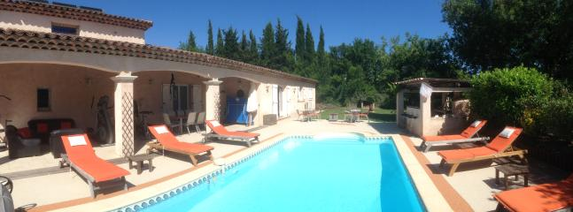 VILLA 140m² avec piscine privée et chauffée avec Ph Top