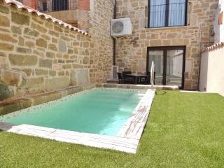 Cal Farris - Casa Romántica, Ossó de Sió
