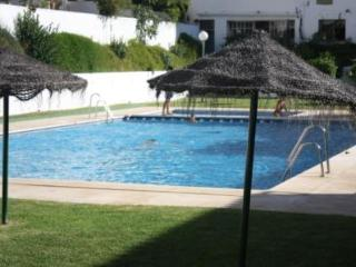 BEAUTIFUL APARTMENT NEAR SEA, CITY AND QUIET AREA, Malaga