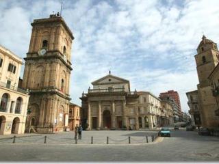 bilocale ristrutturato,climatizzato centro storico, Lanciano
