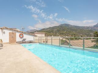 Next to Granhotel Soller, pool