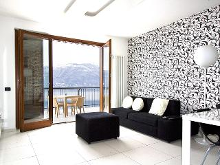 Contemporary Italian Lakes 1 bedroom apartment