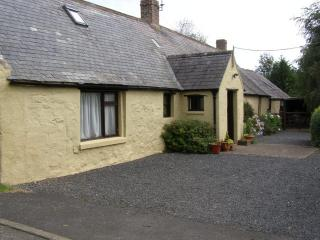 Detatched cottage, south facing in it's own private garden,