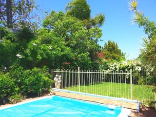 Ruths Place, Private unit, Patio, BBQ, Garden Pool, Kingsley