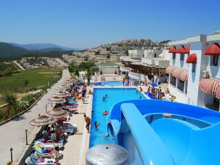 2Bed/2Bath Luxury Penthouse Apartment-Roof Terrace, Bodrum City