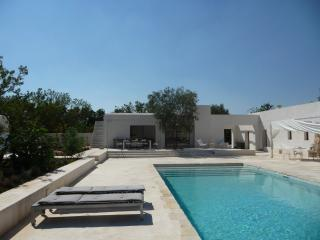 Stunning Private Villa with Pool, Ostuni