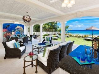 Still Fathoms - Beachfront - 5 Bedrooms, Holetown