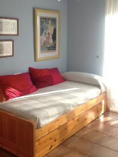 Sleeping room B (2 beds)