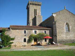EGLISE HOUSE, La Chataigneraie