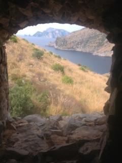 un angolo della baia del Cantone visto dalla torre di Montalto