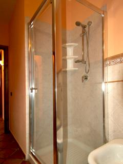 shower bath room 1