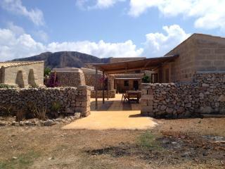 FAVIGNANA HOLIDAY RENTALS SICILY, Isola di Favignana