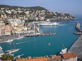 Port de Nice Nouveau and cosy Rue Bonaparte