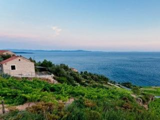 Holiday Getaway Villa Caric, Ivan Dolac