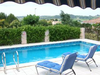 Pezenas Villa Rental, July 33% Off*.  AirCon in Bedrooms, Pool, Walk to Town.