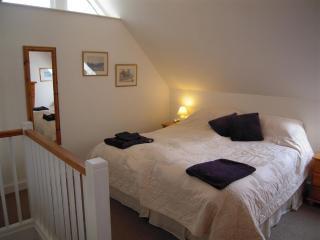 Tikkidew's galleried super king bedroom