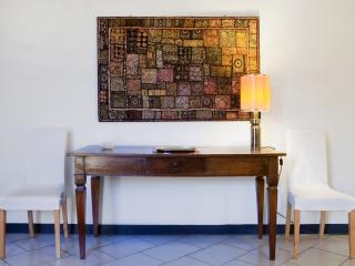 Dining table - Living room