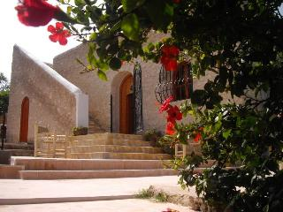 MAISON DE CAMPAGNE AVEC PISCINE ET HAMMAM, Essaouira